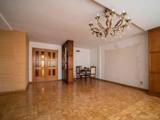 Foto - Piso de tres habitaciones buen estado, cuarta planta, Hispanoamérica, Madrid