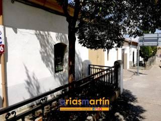 Foto - Casa unifamiliar, buen estado, 228 m², Vecinos