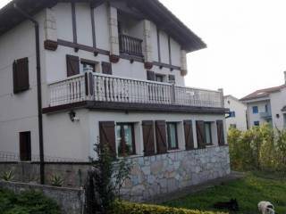 Foto - Casa rústica, buen estado, 330 m², Behobia, Artia, Irun