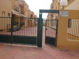 Foto - Piso de tres habitaciones buen estado, segunda planta, El Puerto, Roquetas de Mar