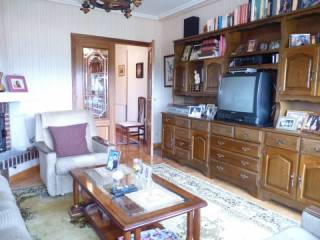 Foto - Piso de tres habitaciones tercera planta, Murieta