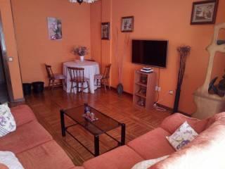 Foto - Piso de cuatro habitaciones buen estado, primera planta, Villablino