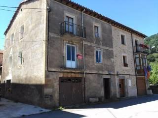 Foto - Casa unifamiliar, buen estado, 105 m², Espinosa de los Monteros