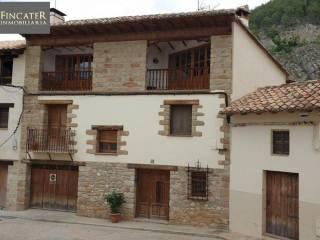 Foto - Casa unifamiliar, buen estado, 260 m², Rubielos de Mora
