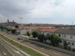 Foto - Piso de tres habitaciones Calle de Saavedra y Fajardo, San José, Parador, Zurguén, Salamanca