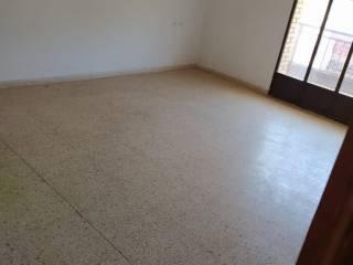 Foto - Piso de cuatro habitaciones buen estado, primera planta, Serra