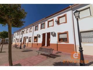 Foto - Casa adosada 3 habitaciones, buen estado, Olivenza