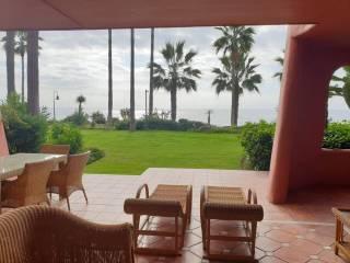 Foto - Piso de dos habitaciones Urbanización Menara beach 1, El Padrón, El Velerín, Voladilla, Estepona