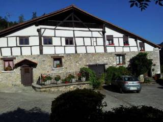 Foto - Casa unifamiliar, buen estado, 450 m², Lizartza