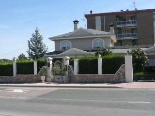 Foto - Casa unifamiliar, nueva, 400 m², Lardero