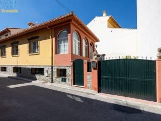 Foto - Casa unifamiliar, buen estado, 200 m², La Zubia