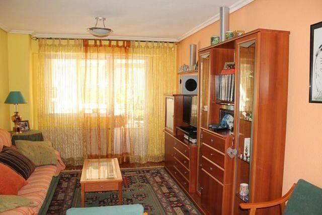 foto  Piso de tres habitaciones Calle Federico garcia lorca, Burgos