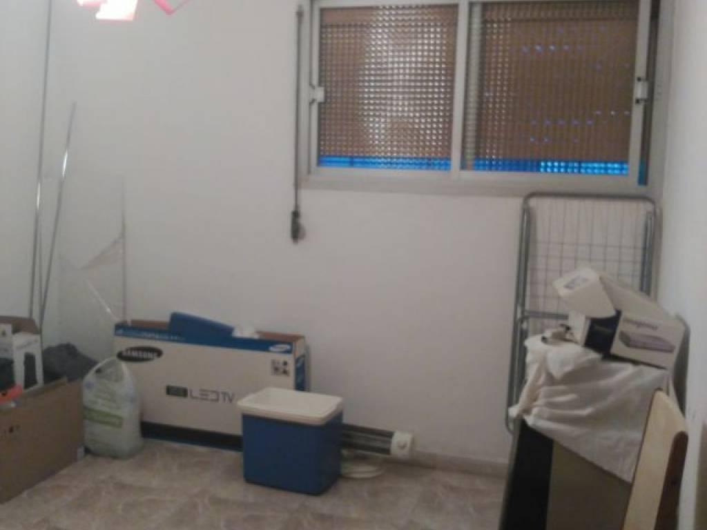 foto  Piso de tres habitaciones Avenida rasos de peguera, 180, Barcelona