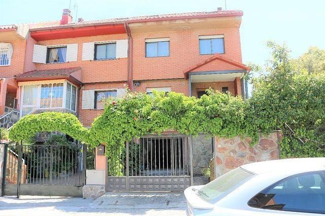 foto  Villa pareada 240 m², Collado Villalba