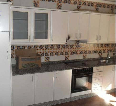 foto  Piso de tres habitaciones 110 m², Ourense