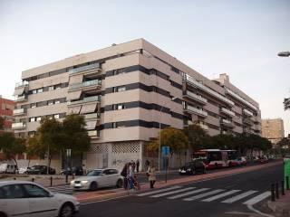 Foto - Piso de cuatro habitaciones Calle Polop, 2, El Garbinet, Alicante - Alacant