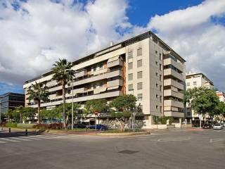 Foto - Piso de cuatro habitaciones Avenida avenida imperio argentina, 5, El Higueral-Palacio de Deportes Martín Carpena, Málaga