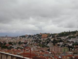 Foto - Piso de tres habitaciones Calle Las Dehesas, 14, Bola de Oro, Granada