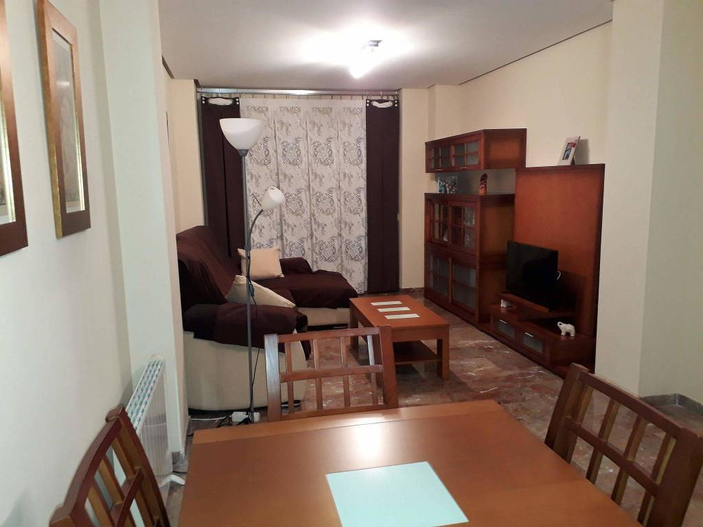 foto  Piso de tres habitaciones Avenida pablo picasso, 8, Aldaia