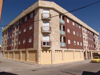 Foto - Piso de tres habitaciones nuevo, segunda planta, Peñaranda de Bracamonte