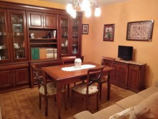 Foto - Piso de tres habitaciones Calle Infanzones de  6, Sama, Langreo