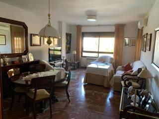 Foto - Piso de cuatro habitaciones Calle Don Bosco, Úbeda