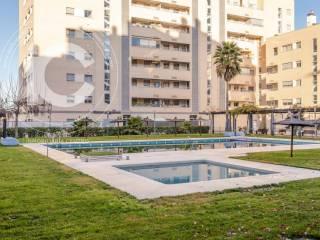 Foto - Piso de tres habitaciones buen estado, tercera planta, Campus de la Salud-Palacio de los Deportes, Granada
